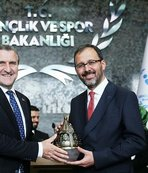 Yeni Gençlik ve Spor Bakanı Mehmet Muharrem Kasapoğlu