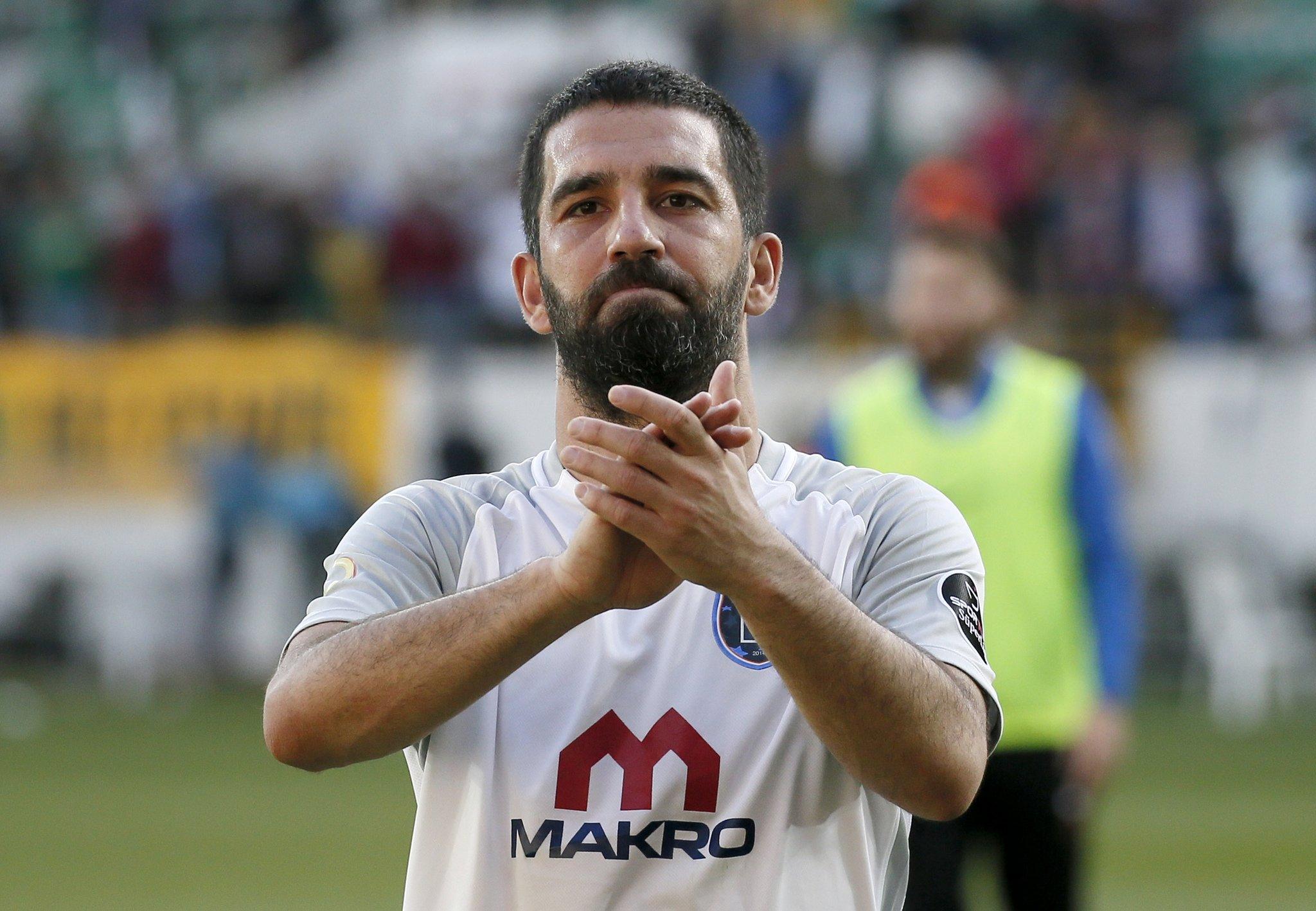 Galatasaray taraftarından Arda Turan tezahüratı!