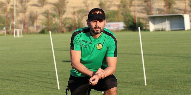 """Evkur Yeni Malatyaspor Teknik Direktörü Erol Bulut: """"VAR, Anadolu kulüpleri için iyi bir şey"""""""