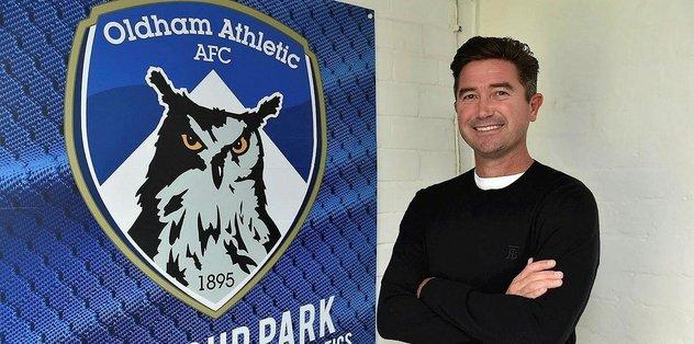 Harry Kewell Oldham Athletic'in teknik direktörü oldu