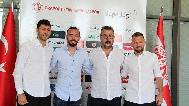 Antalyaspor'da iç transferde 3 imza birden