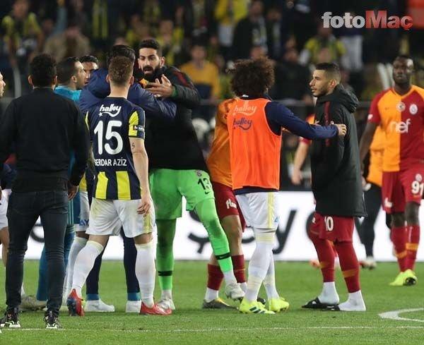 Fenerbahçe - Galatasaray derbisinde son düdük çaldı, Kadıköy karıştı!