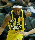 Erteleme maçını Fenerbahçe Beko kazandı!