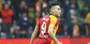 radamel falcao galatasarayin teklifini reddetti iste yeni adresi 1595535785589 - Galatasaray sezonu Antalyaspor maçıyla kapatıyor! İşte muhtemel 11'ler