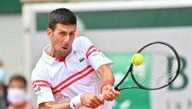 Djokovic, rakibi Musetti'nin 5. sette sakatlanması sonrası çeyrek finale çıktı