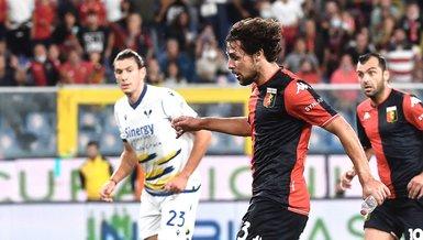 Genoa - Hellas Verona maçında ilginç an! Destro eline su şişesiyle gol attı