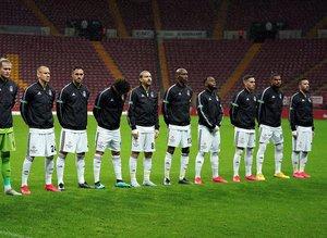 F.Bahçe Beşiktaş'ın iki yıldızı için harekete geçti!