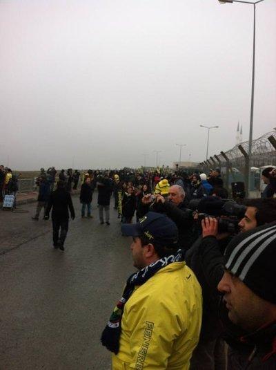 Fenerbahçeliler Silivri'de (Taraftar fotoğrafları)