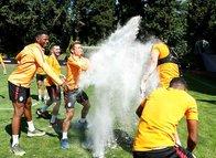 Galatasaray'da Maicon'a Brezilya usulü kutlama