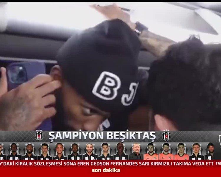 Beşiktaşlı futbolcular Göztepe maçı sonrası şampiyonluğu işte böyle kutladılar!