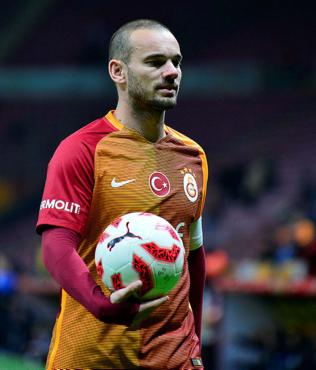"""Wesley Sneijder'den flaş itiraf! """"Eğer %100 ile oynasaydım..."""""""