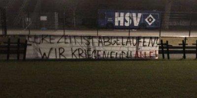 Futbolcuların mezarını kazdılar!