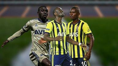 """Son dakika spor haberleri: Fenerbahçe'de sabırlar taştı! """"Bu forvetlerle konuşulur mu?"""""""