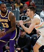Lakers deplasmanda kayıp!