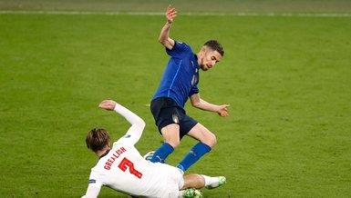 İtalya İngiltere maçında çok sert hareket! İşte o anlar