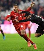 Bayern Münih evinde Bayer Leverkusen'e 2-1 yenildi