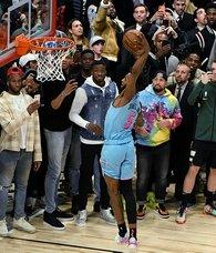 NBA'de smaç yarışmasını Derrick Jones kazandı