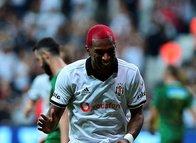 Ryan Babel Beşiktaş'ın tarihine geçti!