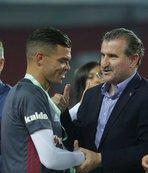 Bakan Bak: Beşiktaş hepimizi gururlandırdı