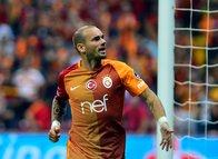 """Sneijder: """"Kadıköy'de kendimi güçsüz ve kötü hissediyordum"""""""