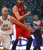 Panathinaikos - Olympiakos maçı yarıda kaldı