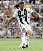 Cristiano Ronaldo'nun Juventus formasıyla ilk golü!