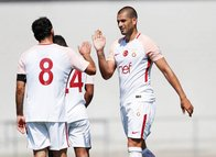 Galatasaray, FC Wil'i Eren Derdiyok'la geçti