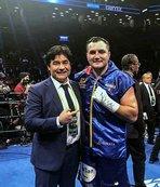 EC Boxing'in sporcuları dünyanın dört bir yanında ringde!