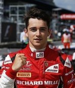 Ferrari yeni pilotunu buldu
