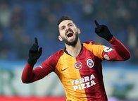 Galatasaray'ın yıldızı sosyal medyayı salladı! ''Emre Akbaba'nın golüne ondan çok sevindim''