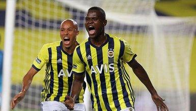 Fenerbahçeli Samatta devlerin peşinde