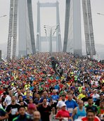Ümraniye Belediyesi sporcuları Avrasya Maratonu'nda birinci oldu