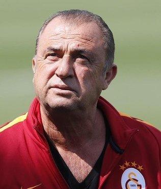 Galatasaray, Fatih Terim'in sözleşmesinin uzatıldığını KAP'a bildirdi