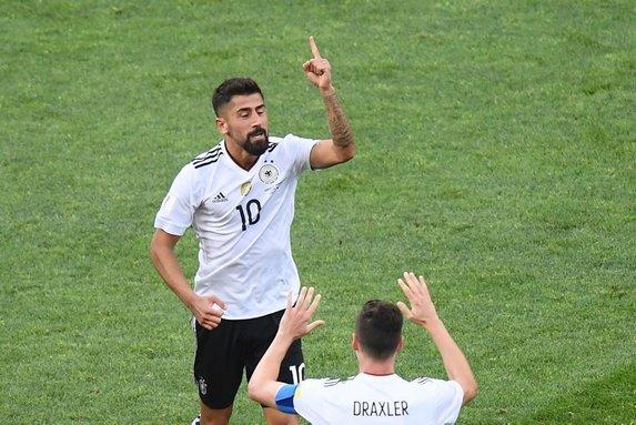 Beşiktaş 10 numara transferinde eski gözdesini gündemine aldı! Kerem Demirbay