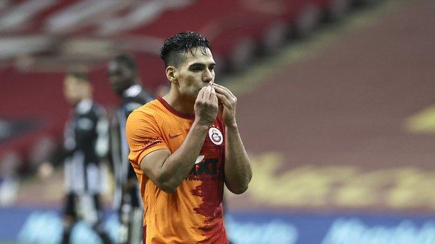 Son dakika Galatasaray haberleri | Burak Elmas açıkladı! Falcao'ya 3 milyon Euro ödedik
