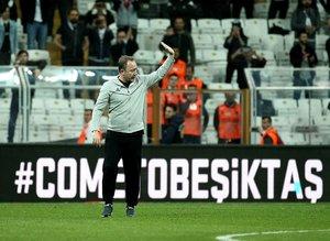 Beşiktaş taraftarından yönetime Sergen Yalçın baskısı