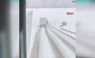 Bursaspor taraftarını taşıyan otobüsün devrilme anı kamerada!