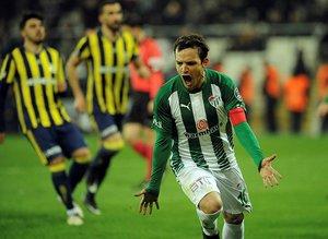 Batalla Bursaspordan ayrılıyor