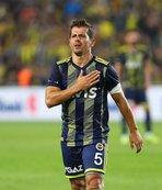 Emre Belözoğlu transfer için söz aldı! Bomba patlıyor