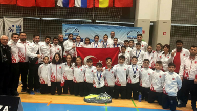 Badmintonda Türkiye'den 7 madalya