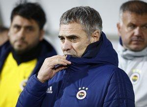 Fenerbahçe'de transfer neden yapılamıyor?