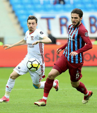 Beşiktaş Mert Hakan transferini salı günü bitiriyor!