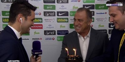 Galatasaray Teknik Direktörü Fatih Terim'den doğum günü sürprizi