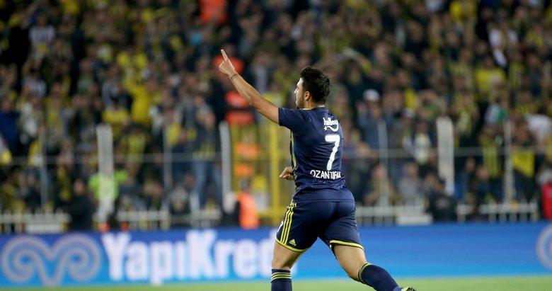 Emre'den Ozan'ın golüne ilginç tepki! İşte o görüntüler