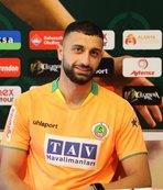 Alanyaspor'dan transfer! 4 yıllık imzayı attı