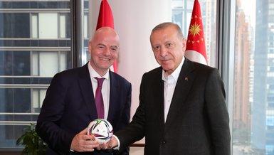 Başkan Recep Tayyip Erdoğan FIFA Başkanı Gianni Infantino'yu kabul etti