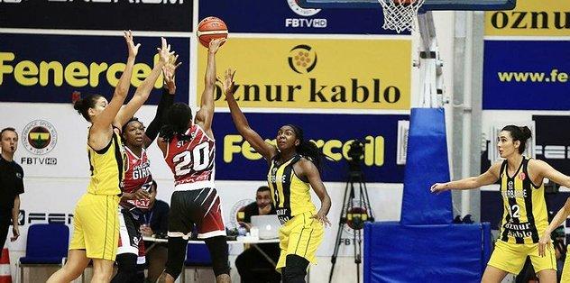 Fenerbahçe Öznur Kablo evinde galip