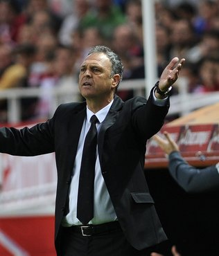 Sevilla'da Caparros dönemi bitti