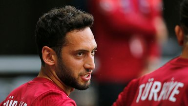 Son dakika transfer haberi: Hakan Çalhanoğlu için Barcelona devrede!