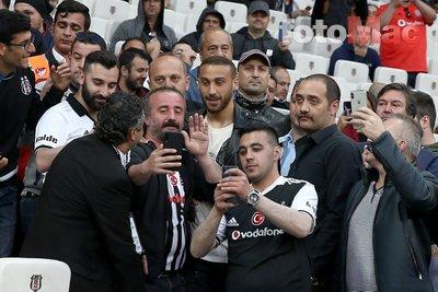 Beşiktaş'ta Cenk Tosun yuvaya dönüyor! Resmen açıkladı...